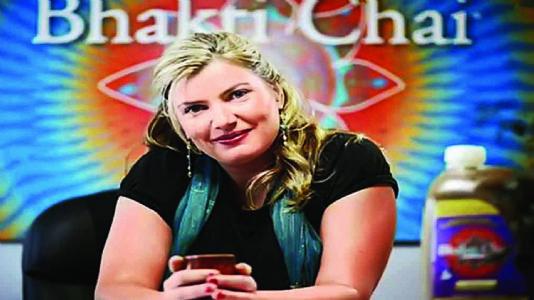 """અમેરિકન મહિલાએ ચા વેચીને બનાવી ૪૭ કરોડની """"ભક્તિ-ચા"""""""