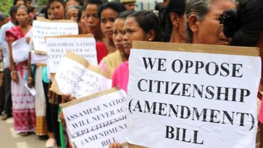 તંત્રી સ્થાનેથી  : નાગરિકતા વિધેયક : ઘૂસણખોરીનો માર્ગ તો નહીં બની જાય ને ?