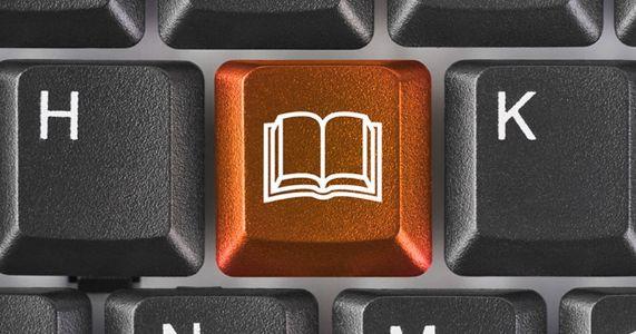 ટેક્નોલોજી જીવવા માટે છે, સાહિત્ય જાગવા માટે છે, પણ સાચું જાગરણ ક્યારે ?