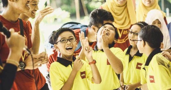 શું શિક્ષણ કેળવણી બનશે ?  ટ્યુશનમાં બંધાઈ જતો એ સમય બાળકની કઈ પ્રવૃત્તિમાંથી ભાગ પડાવે છે ?